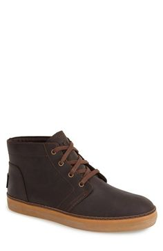 Free shipping and returns on UGG® Australia 'Alin' Twinsole® Chukka Boot (Men) at Nordstrom.com. A strategically worn sole adds rugged edge to a traditional chukka boot that mixes things up with versatile, interchangeable insoles. One set offers traditional cushioning; the other is fashioned from plush UGGpure textile—made entirely from wool but engineered to feel and wear like genuine shearling. Both are designed to provide optimal comfort.