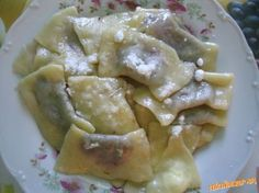 Eastern European Recipes, Czech Recipes, Ravioli, Food And Drink, Menu, Yummy Food, Chicken, Cooking, Cake