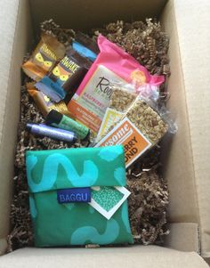 Pijon Box Review - College Student Subscription Boxes