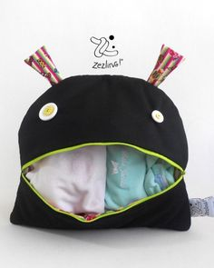 Black monster nappy pajama bag from Zezling!