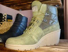 Excited to add this lightweight @catfootwear #wedges to my collection #boots #shoeblogger #shoeblog #wedge #olive #green #heels #fall #fall2015 #fallfashion #shoeaddict #shoes #shoegame