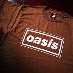 49a113ac8c75db Deadstock Oasis Bootleg band shirt. Vintage band tee. Single stitch.  Printed on Screen