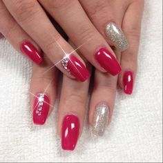 nails.quenalbertini: Instagram photo by professionalnailss