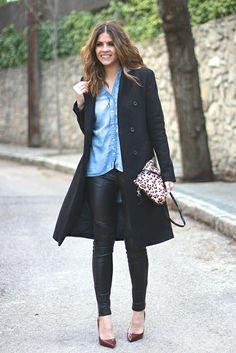 trendy_taste-look-outfit-street_style-ootd-blogger_spain-fashion-moda_españa-burgundy_stilettos-salones_granates-sandro-leather_pants-pantal... Sandro, Stilettos, Trendy Taste, Spain Fashion, Leopard Clutch, Zara, Fashion Moda, Ootd, Denim Shirt