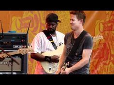 Buddy Guy Johnny Lang Ronnie Wood - Miss you - Crossroads Guitar Festival 2010