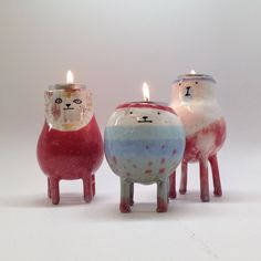 Oh! These'd be so cute to make. Il Sung Na ceramic tealight holders