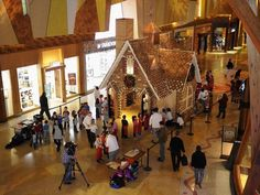 Life size gingerbread house at Mohegan Sun Casino in Connecticut. #legatotravel http://experience.usatoday.com/food-and-wine/story/best-of-food-and-wine/2015/12/15/gingerbread-houses-structures-public/77360766/#utm_sguid=145345,153367b0-4b64-e7a8-a7ba-50a9426621fe