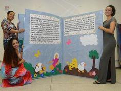 """Exposição """"Livros Gigantes"""" traz clássicos mundiais da literatura infantil em livros de tamanho 'gigante' (Foto: Divulgação) Creative Activities, Preschool Activities, Teaching Portfolio, Learn Arabic Alphabet, Reading Art, Kids Party Themes, Teaching Aids, School Decorations, Classroom Inspiration"""
