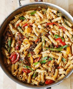 Pasta, Bell Peppers, and Asparagus in a Creamy Sun-Dried Tomato Sauce | Food Recipes