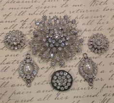 GoRgEoUs 6pc RHINESTONE pin / Brooch Jewelry by thePinkCharlie