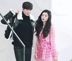 His pretty face is wounded. Jun Ji Hyun, Lee Hyun, Legend Of Blue Sea, Korean Drama Funny, Drama 2016, Turkish Actors, Lee Min Ho, Pretty Face, Kdrama