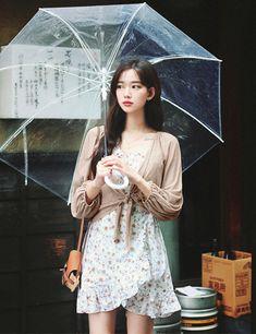 milkcocoa Korean Beauty Girls, Korean Girl Fashion, Asian Fashion, Modern Fashion Outfits, Work Fashion, Fashion Models, Romper With Skirt, Stylish Girl Pic, Asia Girl