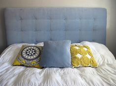Link to how to make your own tufted headboard! awesome photos and step by step instructions! Link to how to make your own tufted headboard! awesome photos and step by… Diy Tufted Headboard, Diy Headboards, Headboard Ideas, Home Improvement Loans, House With Porch, Dream Bedroom, Home Projects, Pallet Projects, Pallet Benches