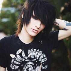 "[ FC: Johnnie Guilbert ]: [ reject ] ""Hey, I'm Johnnie. I'm 18 years old and single. I'm pretty damn emo. I have a YouTube channel and post some weird stuff on there. I also make music. I've been through a lot, and I still go through it, but I'm trying my hardest. Anyways, intro?"""