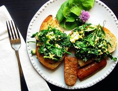 #Recipe: Egg, Arugula, and Herb Tartine