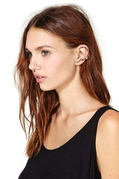 Coiled Up Ear Cuff so crazy ive been brainstorming new ideas for ear jewelery