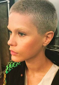 See our favorite buzzcut models: Short Sassy Hair, Super Short Hair, Girl Short Hair, Short Hair Cuts, Short Hair Styles, Very Short Haircuts, Short Hairstyles For Women, Pixie Hairstyles, Cool Hairstyles