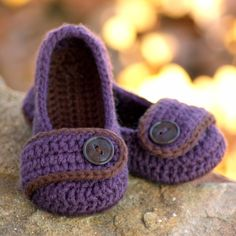Crochet Patterns -  Valerie Slipper -  Toddler Child Sizes 4 - 9 - ALL SIX sizes included -  Pattern number 206. $5.50, via Etsy.