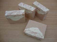 Pink clay and Himalayan Salt Bar soap. Homemade Beauty, Diy Beauty, Beauty Tips, Body Soap, Himalayan Salt, Home Made Soap, Handmade Soaps, Salts, Diy Projects To Try