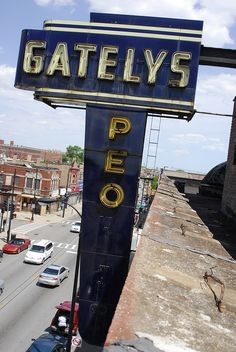 Gately's Peoples Store Neon Sign Will Live On After Fire: 'Deserves A Place In A Museum,' Ald. Anthony Beale Says – Block Club Chicago Roseland Chicago, Alton Illinois, Chicago Fire Department, Chicago Pictures, Old Signs, The Day Will Come, Store Signs, East Side, New Wall