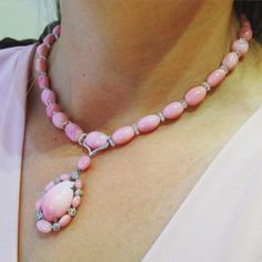 Conch pearls are rare but to see 32 of them in a single necklace is extraordinary.