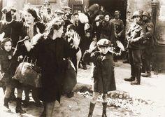 O menino no gueto de Varsóvia Segunda Guerra Mundial