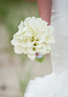 Bridal Bouquets and Wedding Flowers: Bouquet with White Calla Lilies