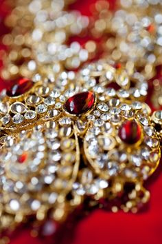 indian wedding traditional bridal jewelry http://maharaniweddings.com/gallery/photo/6866