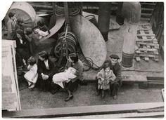 [women and children on evacuation ship, Bilbao]