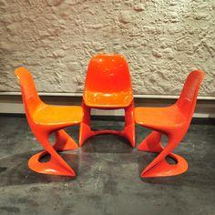 Das lockere Lebensgefühl der 60er. Pop Culture of the 60s  http://www.ebay.de/itm/Set-3-Casala-Stuhle-Stuhl-chair-rot-red-casalino-2004-70er-70s-Plastik-POP-/321221332817?pt=Design_Stil&hash=item4aca488f51