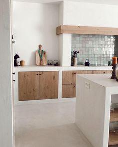 Barn Kitchen, Kitchen Dinning, Kitchen Decor, Kitchen Design, Pantry Interior, Kitchen Interior, Home Interior Design, Bali House, Concrete Kitchen