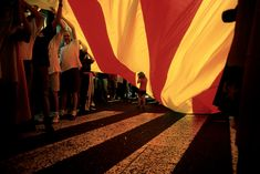 Citizens parade the once outlawed Catalan flag. Color Photography, Street Photography, David Alan Harvey, Film Inspiration, Magnum Photos, Photo Colour, Photojournalism, Tropical, Cinematography