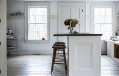 white modern rustic kitchen via jerseyicecreamco