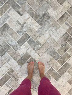 herringbone floor elegant laundry:mudroom with herringbone brick floor Brick Tile Floor, Herringbone Tile Floors, Brick Flooring, Brick Floor Kitchen, Laminate Flooring, Brick Look Tile, Tiled Floors, Wood Laminate, Flooring Ideas