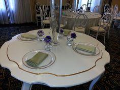 Nuevas mesas principales ESTHER II en espacios especiales en su evento, ubican cuatro puestos
