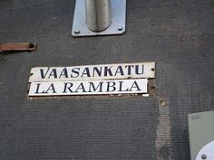 Travelling with camera obscura: KALLIO, Helsinki, kahviloita, näyteikkunoita