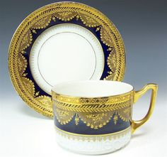 ANTIQUE VICTORIAN COBALT & GOLD TEA CUP SAUCER