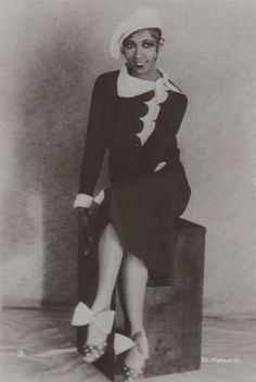 Josephine Baker, 1926. Check out the polka dot shoes with enormous bows.