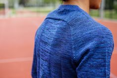 Nike Tech Knit Po Crew - Hyper Cobalt / Black | 728673 439 | 135€ | Jetzt im stickabush Sneaker Online Shop bestellen!