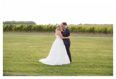 Niagara Wedding Photographer, Andrea's Impressions Photography is located in Niagara, Ont. Specializing in wedding photography in Niagara.