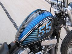 sportster gas tank on a dyna square tubed frame, nice!!!