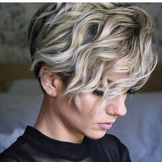 Haircut Thick Wavy Hair, Short Thick Wavy Hair, Easy Hairstyles For Thick Hair, Longer Pixie Haircut, Haircuts For Wavy Hair, Short Hairstyles For Thick Hair, Hairstyles Haircuts, Short Hair Cuts, Curly Hair Styles