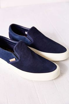 Tendance Chaussures - Vans Classic Knit Suede Slip-On Womens Sneaker -  Urban Outfitters