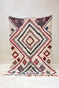 A TENT on the BEACH 6'10 x 4'10 Boucherouite Rug. von pinkrugco