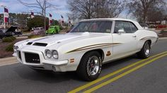 1971 Pontiac GTO Pictures: See 54 pics for 1971 Pontiac GTO. Browse interior and exterior photos for 1971 Pontiac GTO. American Classic Cars, American Muscle Cars, Pontiac Gto, General Motors, Rat Rods, Vintage Cars, Antique Cars, Convertible, Gm Car
