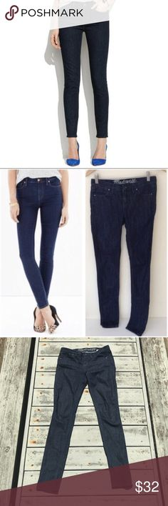 Madewell 37s Skinny Jeans, Size 24 Madewell 37s dark wash skinny jeans  Size 24 Inseam: 32 EUC, barely worn Madewell Jeans Skinny