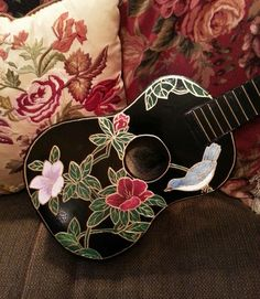 """My """"Oriental lacquered cabinet"""" inspired ukulele"""