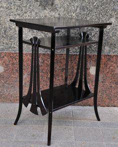 Thonet Jugendstil side table (1) - Catawiki