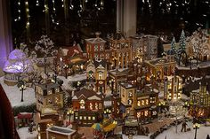 A look at the city by Tommy Williams, via Flickr