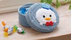 ディズニー ツムツムを手作りプレゼントしてみる? 〜 ニット、フェルト、ビーズまで Crochet Cake, Crochet Diy, Creative Outlet, Cute Love, Elsa, Craft Projects, Baby Shoes, Crochet Patterns, Knitting